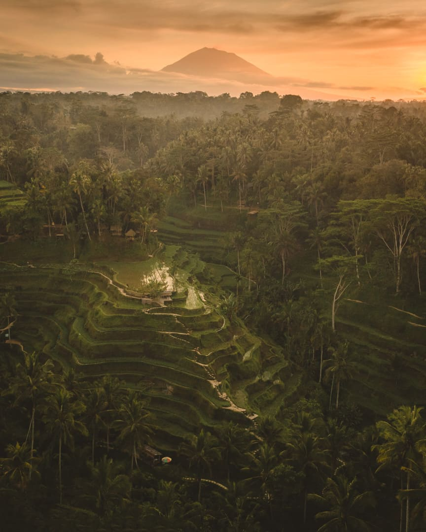Bali-best-sunrise-spots-tegallalang-ricefields-drone-agung