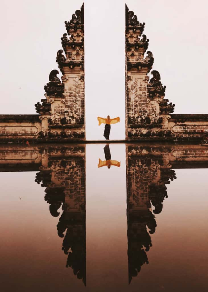 pura-lempuyang-temple-bali-reflection